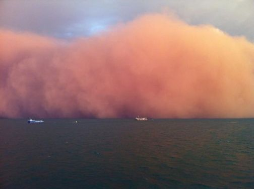 massive dust storm off coast of Onslow Australia