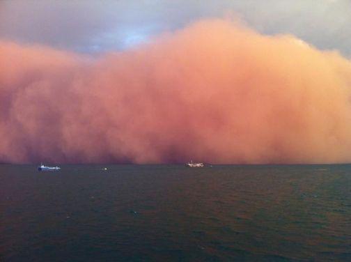 massive dust storm off coast of Onslow Australia