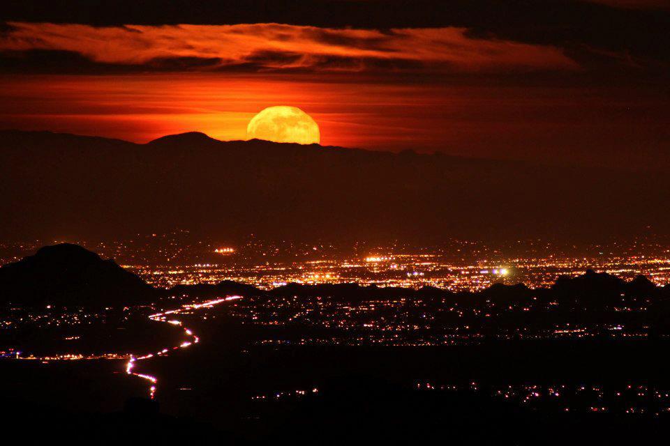 Friday Foto Tucson Moonrise From Kitt Peak Its A Disaster Blog