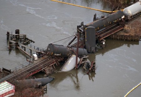 chemical spill due to NJ train derailment