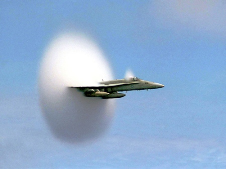 cloud caused by sonic boom