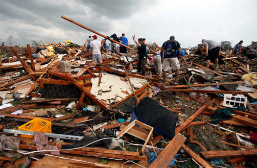 tornado damage in Moore OK Photo: Paul Hellstern - The Oklahoman