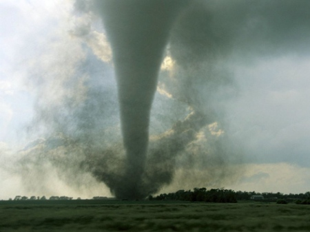 tornado South Dakota EF3 Tornado / Photograph by Carsten Peter via NatGeo