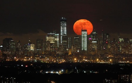 supermoon manhattan 2012 reuters gary hershom