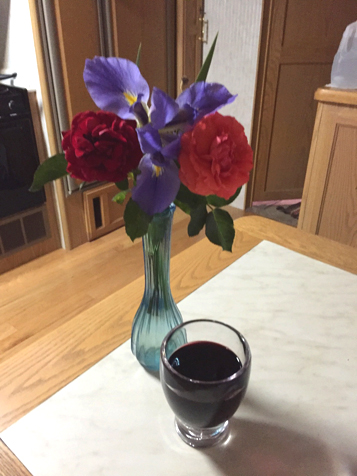 tx-flowers n wine